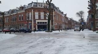 10391658_1759367110953049_オランダ、グローニンゲン 道路が分厚い氷に覆われています。.jpg