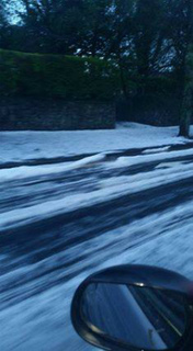 12507224_1761228284100265_イギリス、プリマス 雹の嵐.jpg