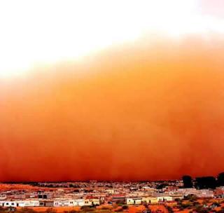 12799200_1778483655708061_砂塵嵐のアルジェリア(Ain safra Naama).jpg