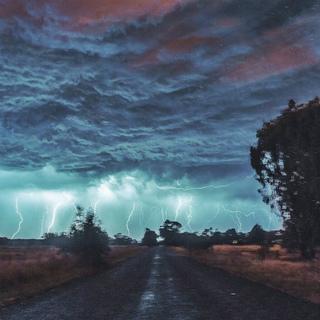 12801430_1093739220670498_西オーストラリア州Baldivis 嵐の長時間露光.jpg
