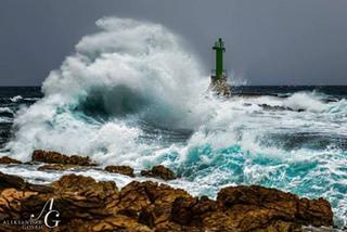 1929965_1778668452356248_高波のクロアチア(Punta Planka).jpg