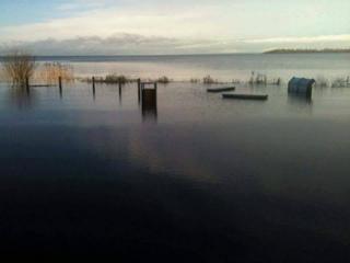 8492_1759358354287258北アイルランドのネイ湖、非常に高い水位.jpg