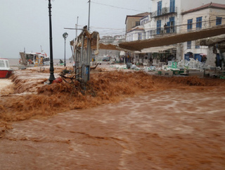 hydra-greece-floods-1ギリシャ イドラ島.jpg