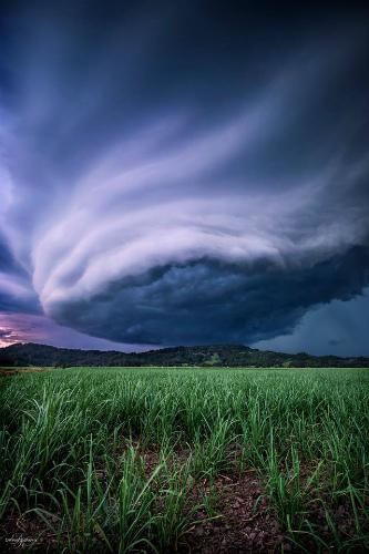 supercell-shelf-cloud-1.jpg