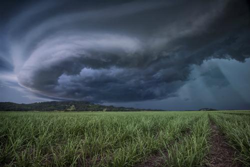 supercell-shelf-cloud.jpg
