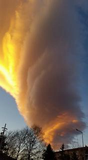 tornado-like-lenticular-cloud-turkey-1.jpg